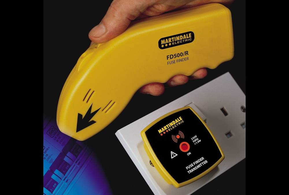 Never pull the wrong fuse again with this new fusefinder